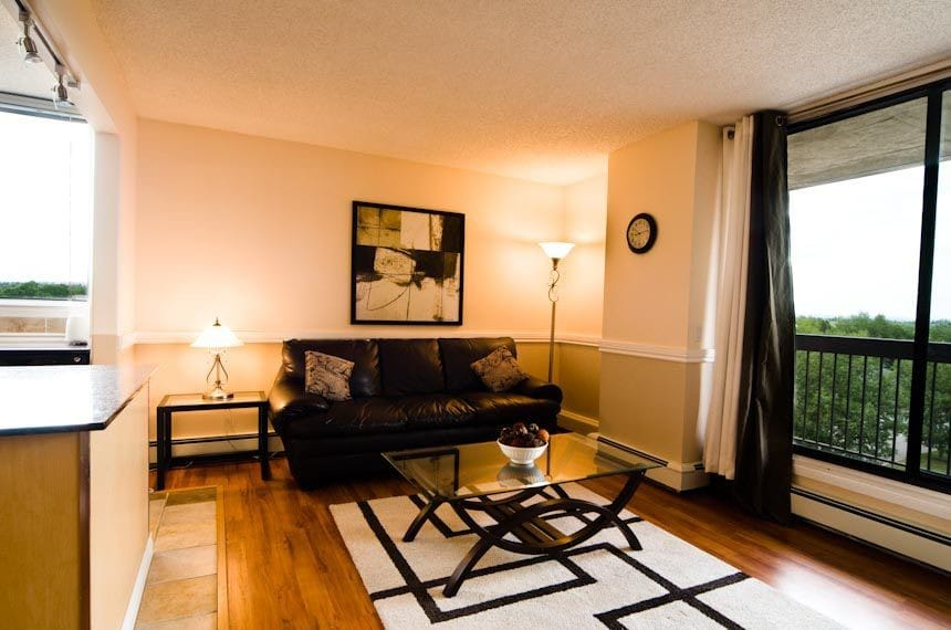 Calgary Furnished Apartment - Suntree Place